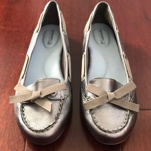 Silver sperry top sider